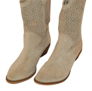 BCBGeneration Light Tan Boots