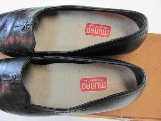 Munro American Size 7.00 Width Ww Soft Footbed Very Good Condition Black Flats Image 3