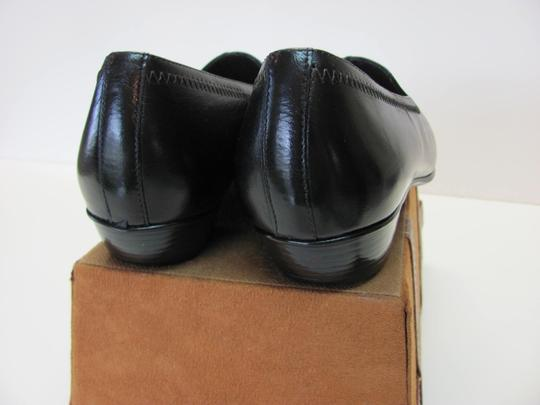 Munro American Size 7.00 Width Ww Soft Footbed Very Good Condition Black Flats Image 4