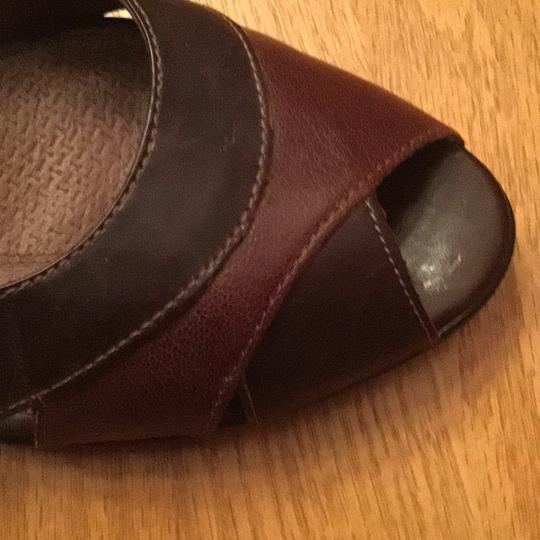 Clarks Two tone brown Pumps Image 3