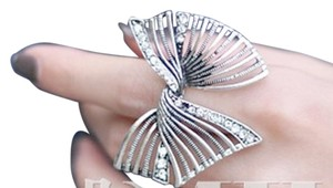 Large Bow Ring Silver Tone Big Statement Jewelry J1877 Summersale