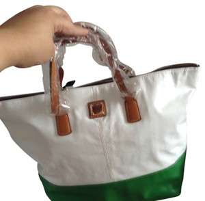 Dooney & Bourke Tote in White & green