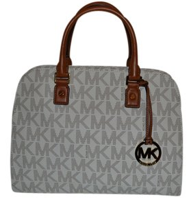 Michael Kors Vanilla Travel Bag