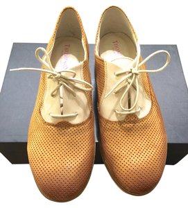 Thompson Oxford Oxford Perforated Perforated Made In Italy Italian Italian Loafers Italian Italy Tod's Loafers Chanel Chanel Beige/Camel Flats
