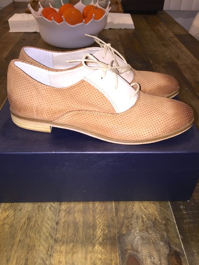 Thompson Oxford Oxford Perforated Perforated Made In Italy Italian Italian Loafers Italian Italy Tod's Loafers Chanel Chanel Beige/Camel Flats Image 6