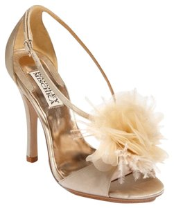 Badgley Mischka Bridal Wedding Satin Ivory Vanilla Sandals