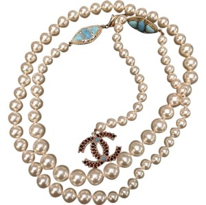 Chanel Chanel classic pearl belt/necklace