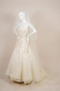 Vera Wang Cream Beaded Bodice Strapless Tulle A Line Bridal Wedding Gown
