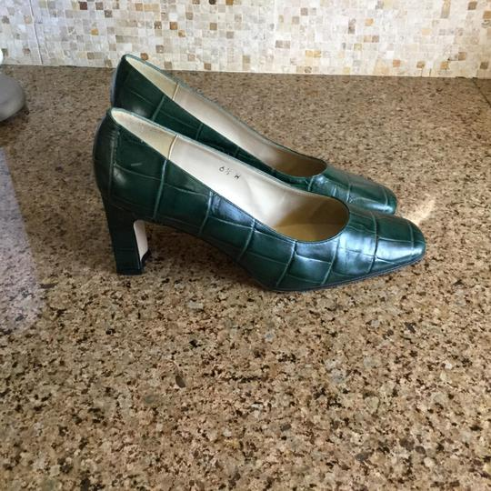 Etienne Aigner Forest green Pumps Image 3