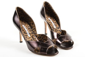 Manolo Blahnik Leather Brown Pumps