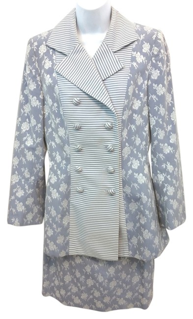 Preload https://img-static.tradesy.com/item/10937671/light-bluewhite-paris-neiman-marcus-jacquard-cotton-blend-40-skirt-suit-size-8-m-0-2-650-650.jpg
