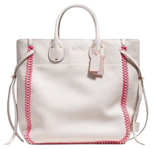 Coach Tote in White/pink