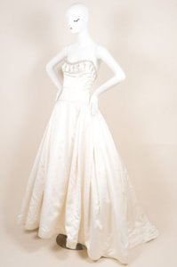 Reem Acra Cream Satin Tulle Embellished Strapless Princess Wedding Gown