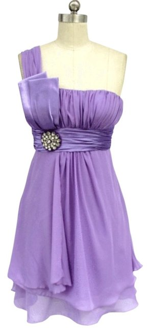 Purple Lavender One Shoulder Chiffon W/ Rhinestones Ornament Knee Length Formal Dress Size 16 (XL, Plus 0x) Purple Lavender One Shoulder Chiffon W/ Rhinestones Ornament Knee Length Formal Dress Size 16 (XL, Plus 0x) Image 1