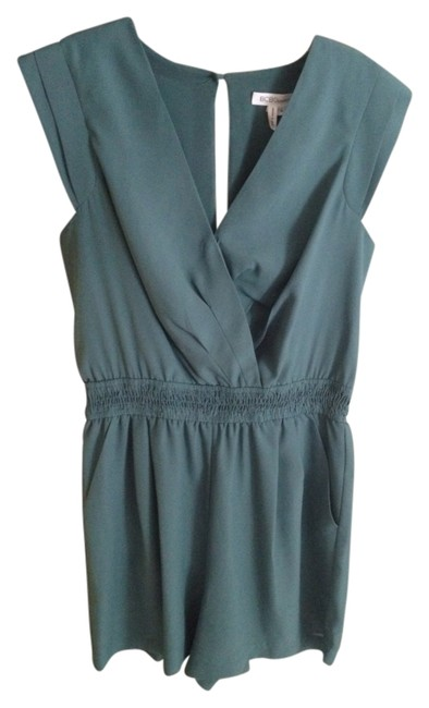 Preload https://item4.tradesy.com/images/bcbgeneration-rompers-jumpsuits-1095528-0-0.jpg?width=400&height=650