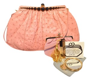 Judith Leiber Ostrich Ostrich Leather Leather Pink Clutch