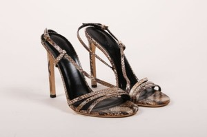 Gucci Taupe Snakeskin Brown Pumps