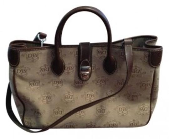 Preload https://img-static.tradesy.com/item/10963/dooney-and-bourke-and-brown-leather-tote-0-0-540-540.jpg