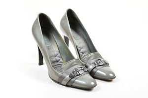 Gucci Patent Leather Gray Pumps