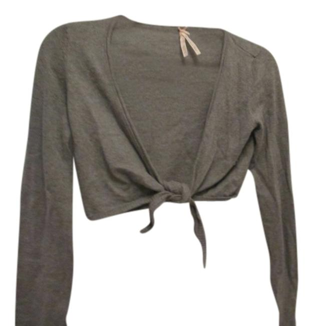 Preload https://item4.tradesy.com/images/abercrombie-and-fitch-gray-three-quarter-sleeve-shrug-bolero-sweater-large-99-cotton-1-cashmere-card-1096423-0-0.jpg?width=400&height=650