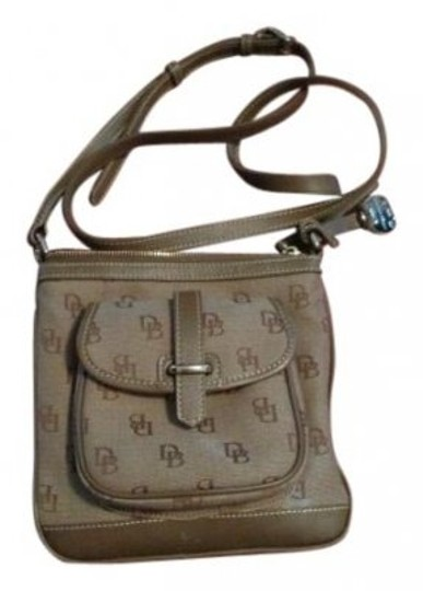 Preload https://item1.tradesy.com/images/dooney-and-bourke-and-brown-leather-cross-body-bag-10965-0-0.jpg?width=440&height=440