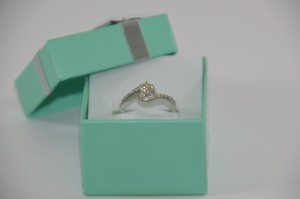 0.65 Ct. Genuine Diamond Engagement Ring 14k White Gold Size 7 On Sale