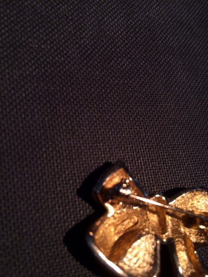Dior Vintage Christian Dior Gold Plated And Faux Pearl Ribbon Brooch