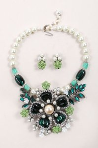 Other Lawrence Vrba Green Cream Faux Pearl Jeweled Floral Necklace Earrings Set