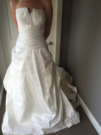 Pronovias Off White Monaco Formal Wedding Dress Size 16 (XL, Plus 0x)