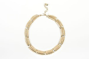 Trifari Vintage Trifari Gold Tone Wavy Link Short Necklace