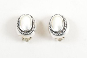 Vintage Silver Tone Mother Of Pearl Oval Post Clip On Earrings
