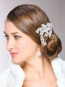 Vintage Glamour Crystal Headpiece Comb