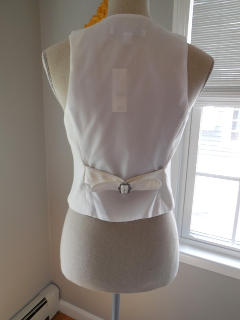 New York & Company Vest White Fitted Button Down Shirt
