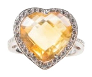 Other 18k White Gold Citrine Diamond Embellished Heart Shaped Ring