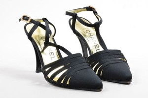 Chanel Grosgrain Canvas Pointed Toe Ankle Strap Evening Black Pumps