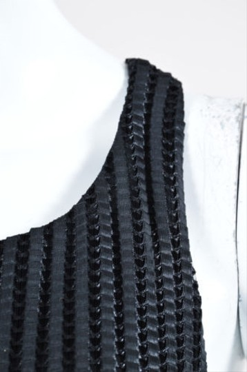 delicate INTERMIX Intermix Black Pleated Woven Textured Sleeveless Top