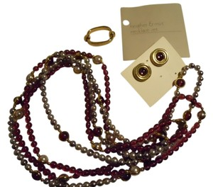Avon Vintage Avon necklace & earring set