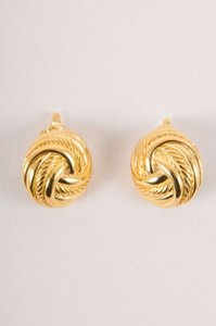 Trifari Vintage Trifari Gold-tone Round Knot Clip-on Earrings