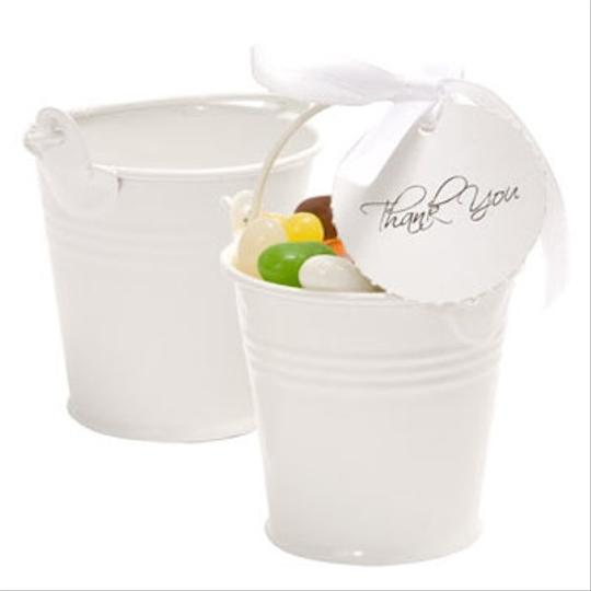 33 White Tin Pail Favors
