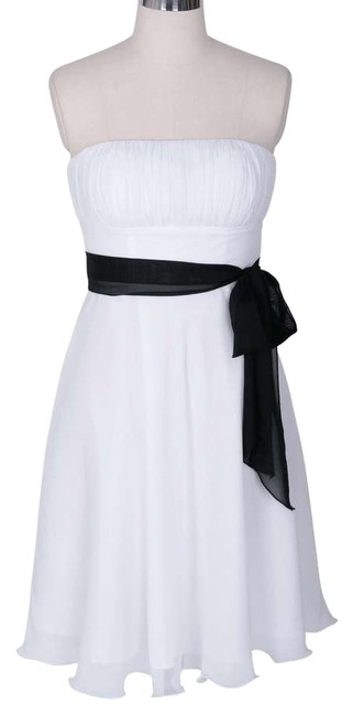 Preload https://img-static.tradesy.com/item/109939/white-strapless-chiffon-pleated-bust-short-casual-dress-size-22-plus-2x-0-0-650-650.jpg