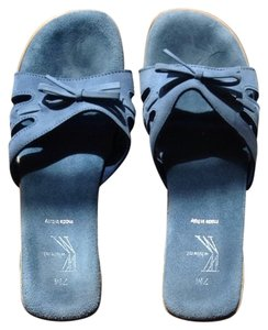 White Mountain Medium Blue Sandals
