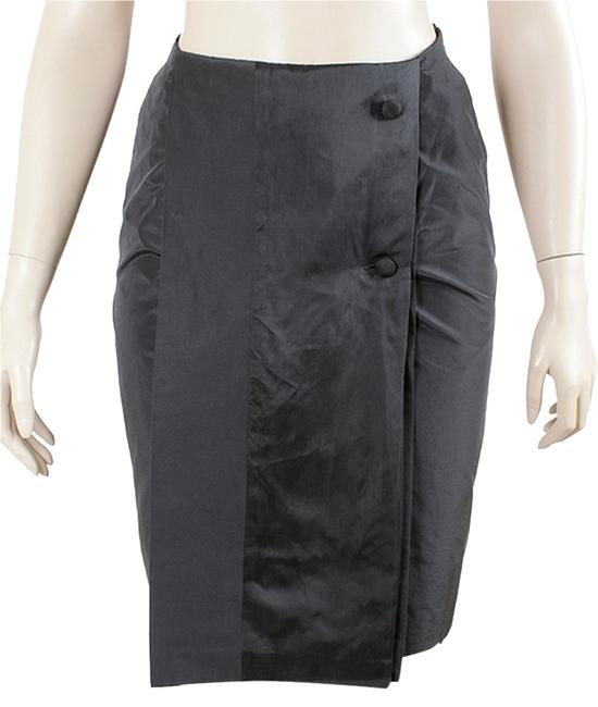 Preload https://item3.tradesy.com/images/black-grey-cupro-front-pleated-knee-length-skirt-size-6-s-28-1100032-0-0.jpg?width=400&height=650