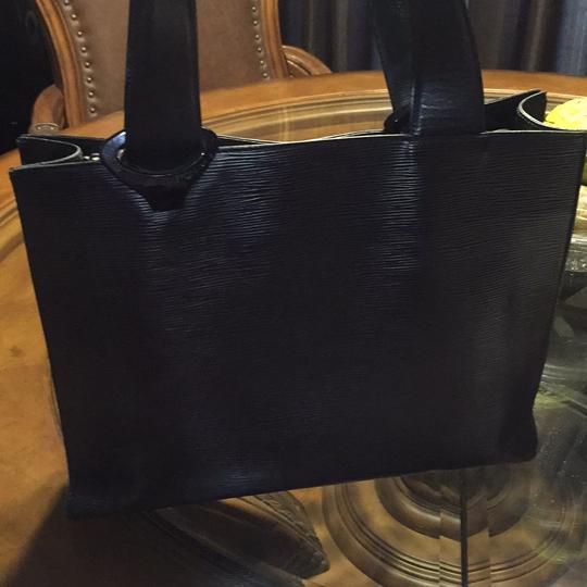 Louis Vuitton Tote in Black Image 9