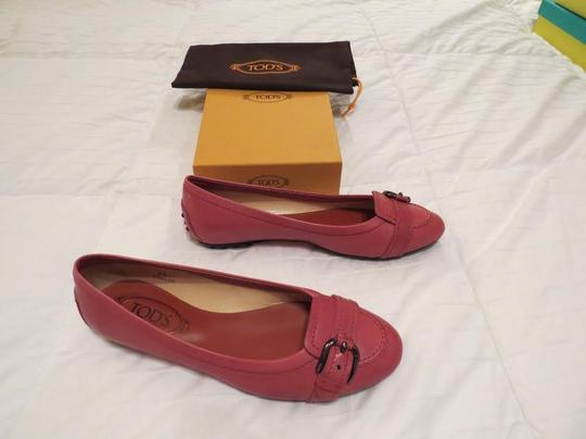 Tod's Stylish Comfortable Heel Cup Protection Red Flats Image 1