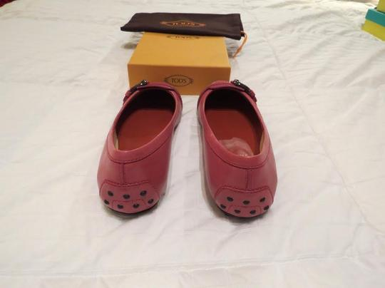 Tod's Stylish Comfortable Heel Cup Protection Red Flats Image 2