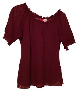 Xhilaration Top maroon