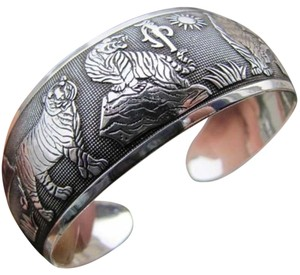 Tibet Silver Antiqued Animal Bracelet Free Shipping