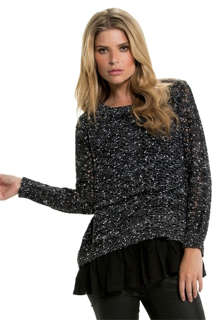 Preload https://img-static.tradesy.com/item/11008945/elan-black-with-chiffon-sweaterpullover-size-12-l-0-1-650-650.jpg