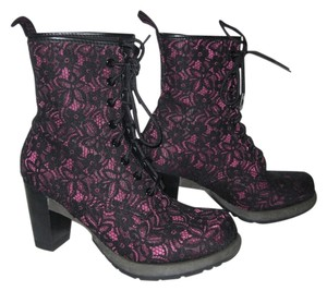 Dr. Martens Doc Dr Pink with black lace Boots
