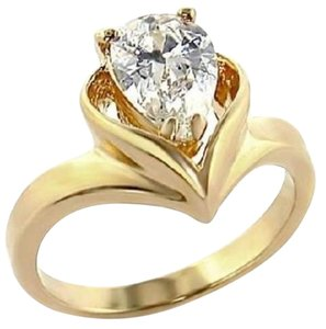 Size 6, 2 Carat Pear Shape CZ Ring